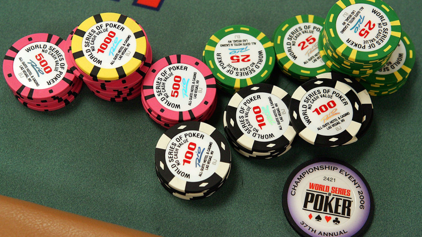 Four Easy Steps To An effective Online Gambling Strategy